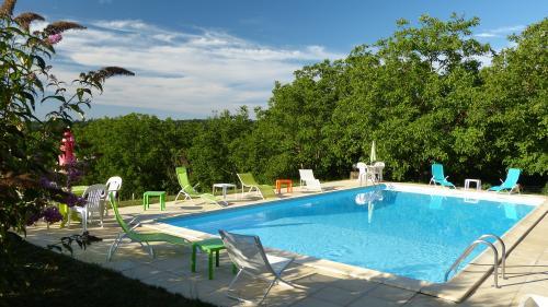 Location saint cyprien grives pour 6 personnes location for Location dordogne piscine