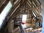 The Barn : Mezzane level at 2nd floor with two single beds