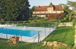 Holidays gite Dordogne Manoir de Mombette