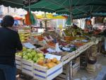 Market day at Saint-Cyprien